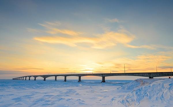 Image-of-the-Confederation-bridge-Canada