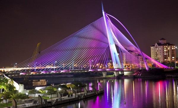 Image-of-the-Seri-Wawasan-Bridge