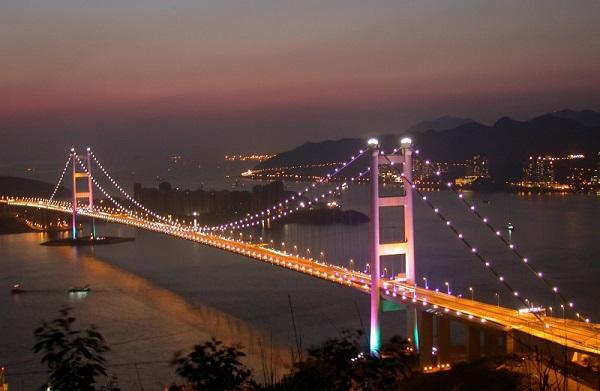 Image-of-the-Tsing-Ma-Bridge-China