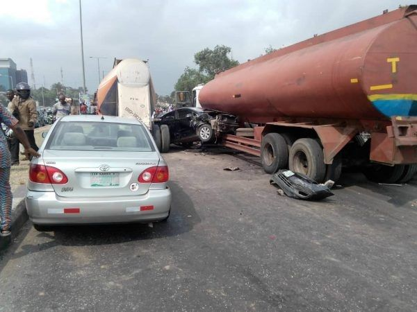 image-of-palmgroove-accident-scene-in-lagos
