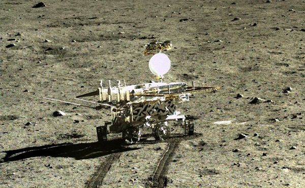 Image-of-the-Yutu-2-rover