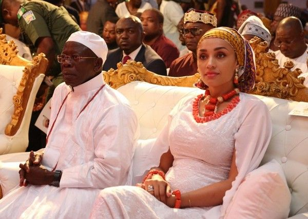Adams-Oshiomhole-and-wife