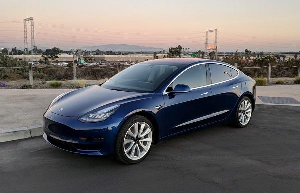 Image-of-a-blue-Tesla-model-3
