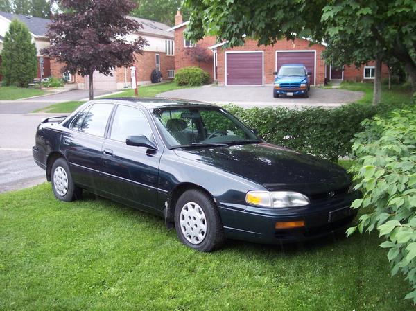 Black-Toyota-Camry-1995