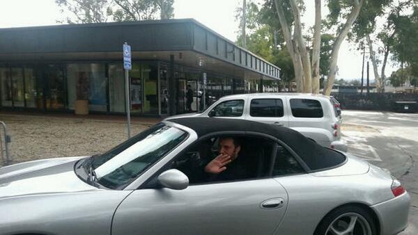 Jan-Koum-in-his-car