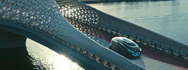 Urbanetic-running-through-the-bridge