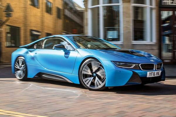 a-blue-BMW-i8