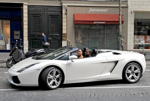 a-white-Lamborghini-Gallardo
