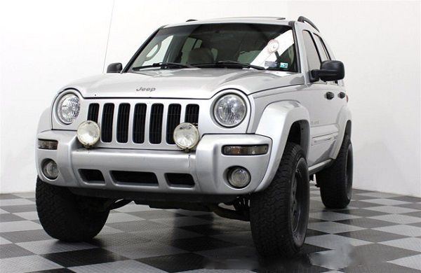 Image-of-a-2002-Jeep-Liberty