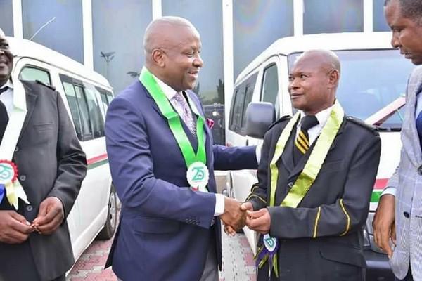 Frank-Nneji-reward-employees