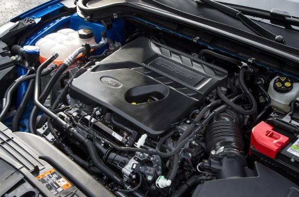 ford-focus-2018-engine
