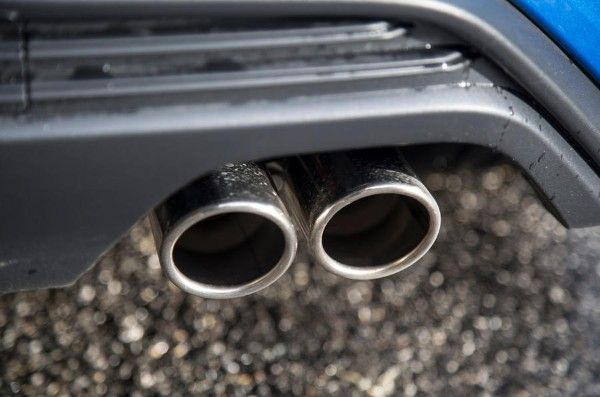 ford-focus-2018-exhaust