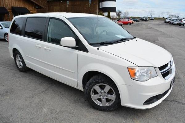 Image-of-a-2011-Dodge-Caravan-Van