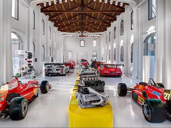 cars-and-engines-at-Ferrari-Museum-Maranello