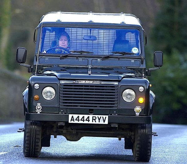 Image-of-Queen-Elizabeth-driving-Land-Rover-Defender-110