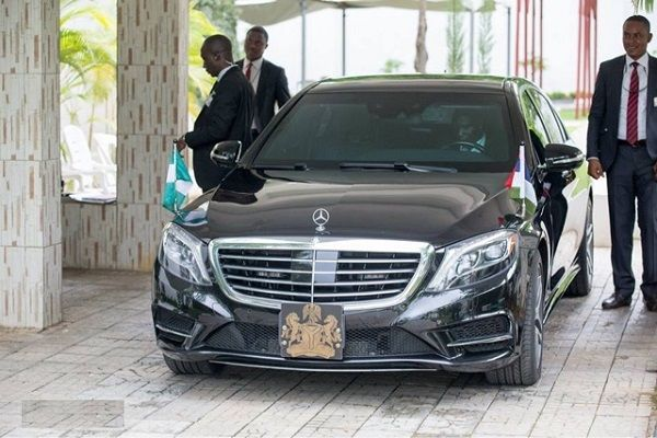 Nigerian-president-armored-mercedes-benz-s550