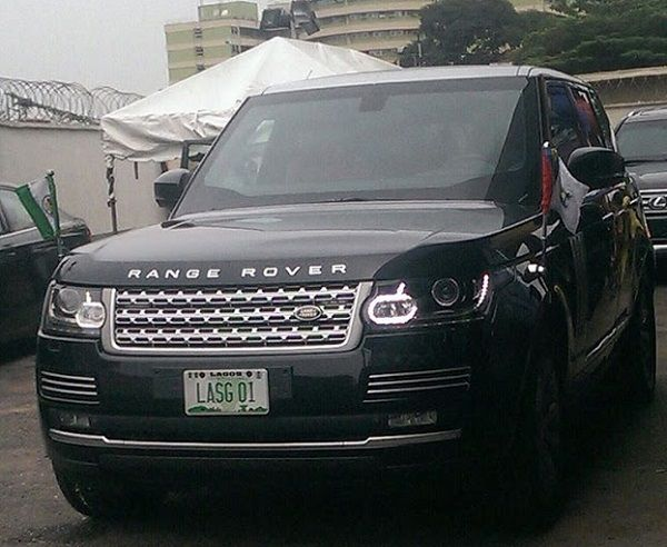 Governor-Ambode-of-Lagos-state's-official-Range-rover-SUV
