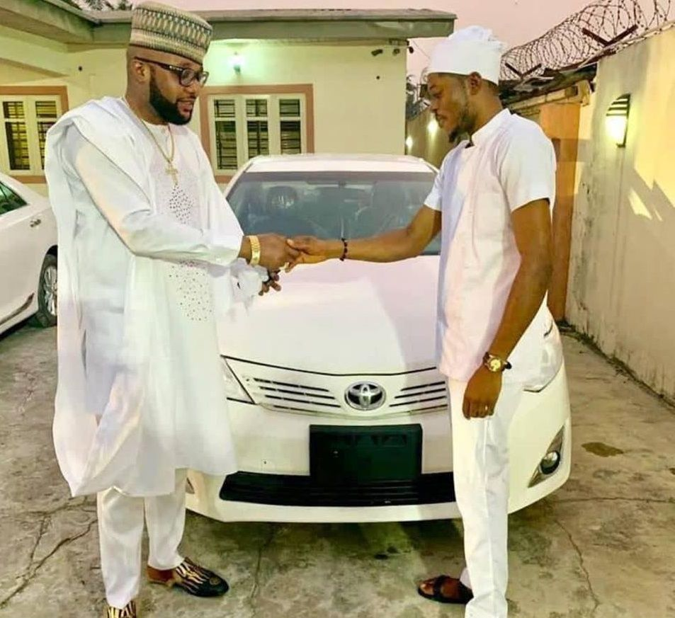e-money-and-one-of-his-staff