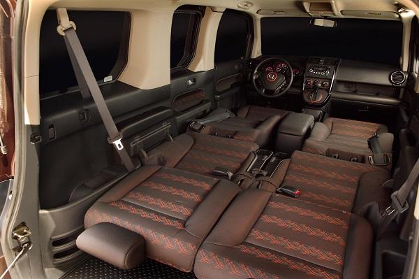 a-2007-Honda-Element-folded-seats