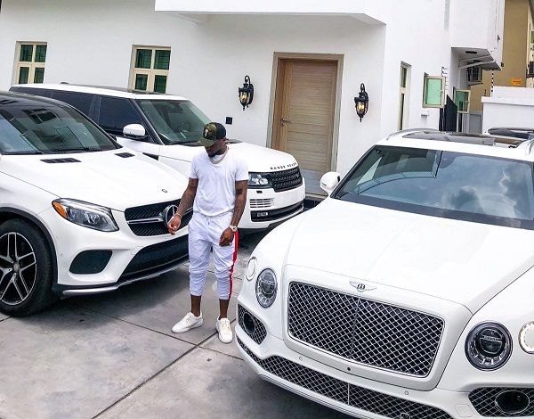 Davido-and-some-tinted-glass-cars