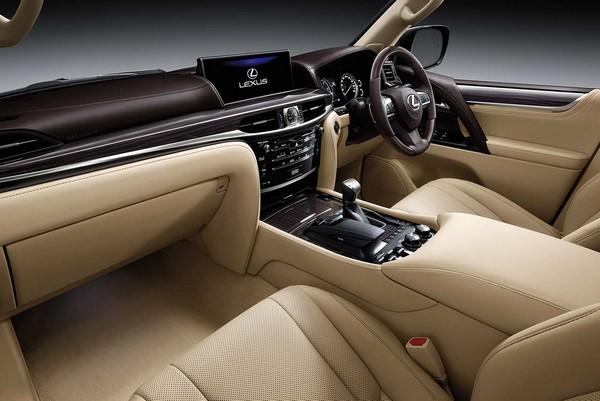 Lexus-LX570-2018-interior