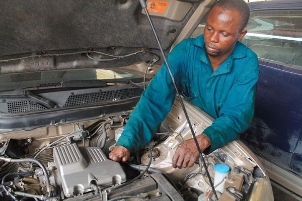 image-of-a-nigerian-mechanic