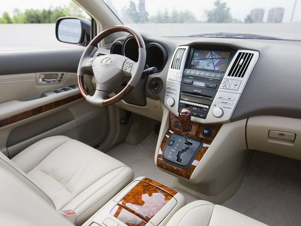 used-Lexus-RX-330-interior