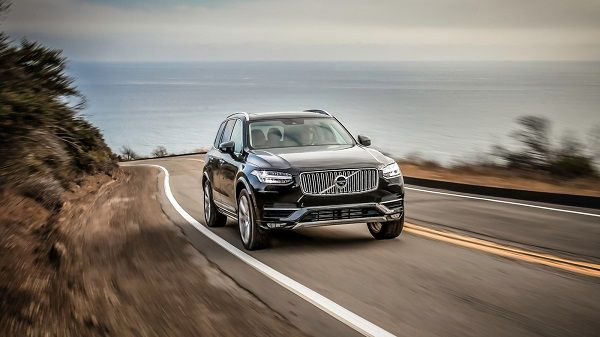 a-black-volvo-xc90-moving-on-the-highway