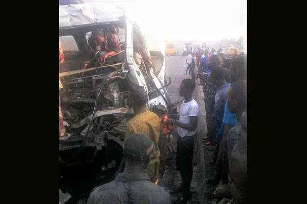Crashed-truck-involved-in-Agunlejika-accident