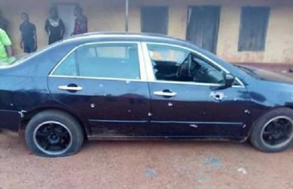 Maxwell-Etta's-bullet-bathed-car
