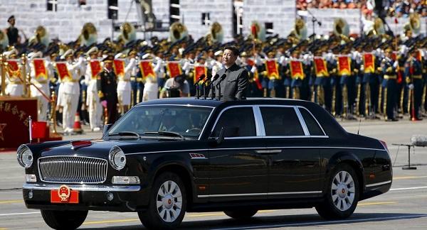 Chinese-President-Xi-JingPing-in-Hongqi-L5