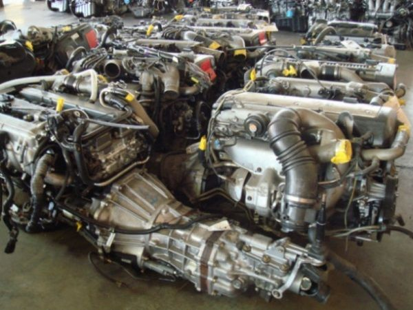 Spare-parts-stored-in-an-auto-shop