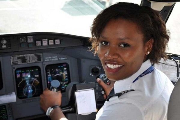 African-female-pilot