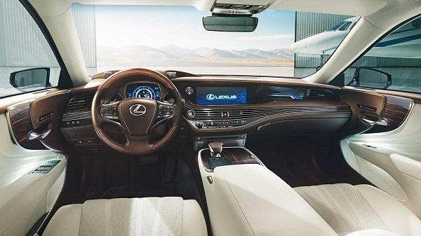 a-Lexus-cabin