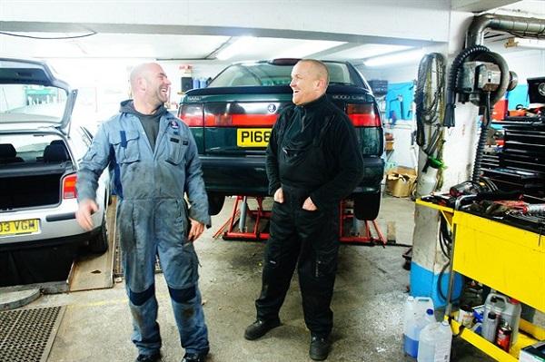 2-British-mechanics
