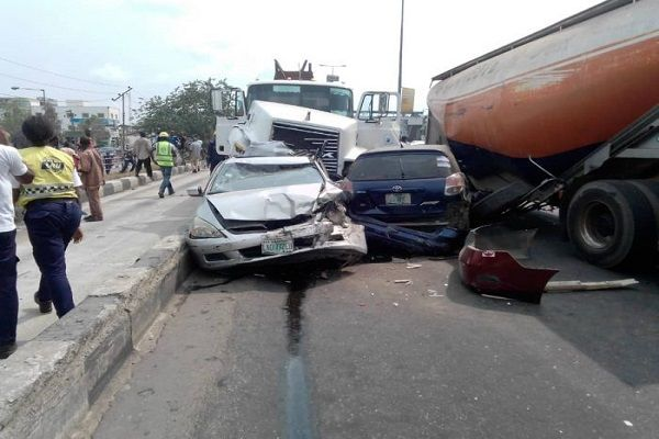multiple-road-crash-with-cars-and-tankers