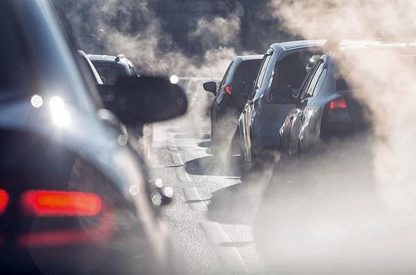 Cars-emit-exhaust-smoke