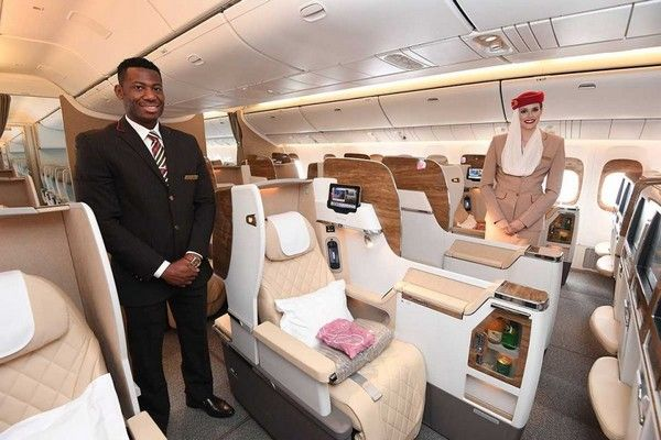 Emirates-airline-flight