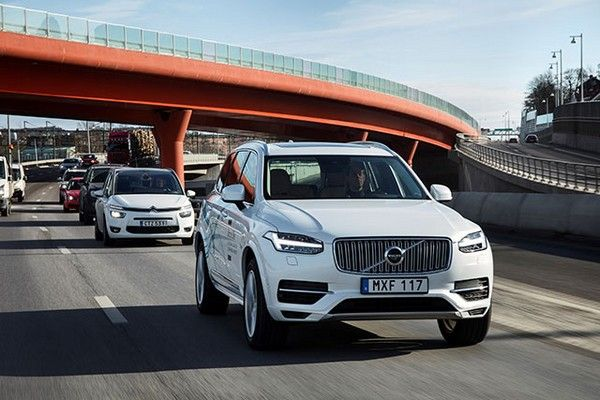 Volvo-cars-on-road