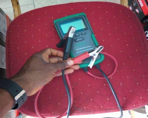 Car-battery-tester