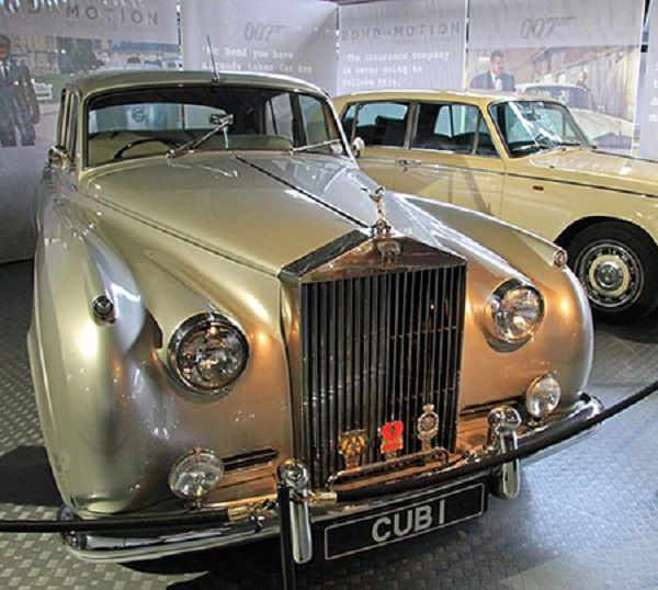 Rolls-Royce-Silver-Cloud-II