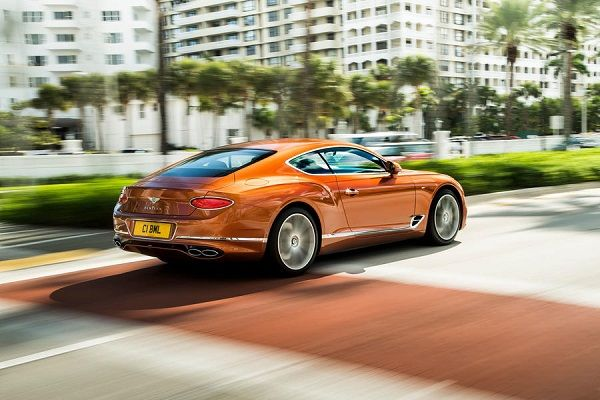 2019-Bentley-Continental-GT-V8-Coupe-version