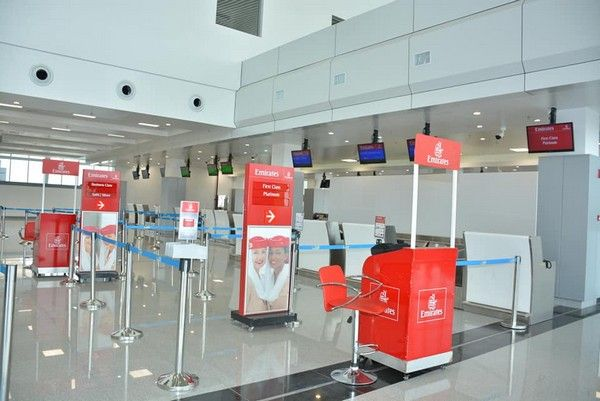 Emirates-airline-stand