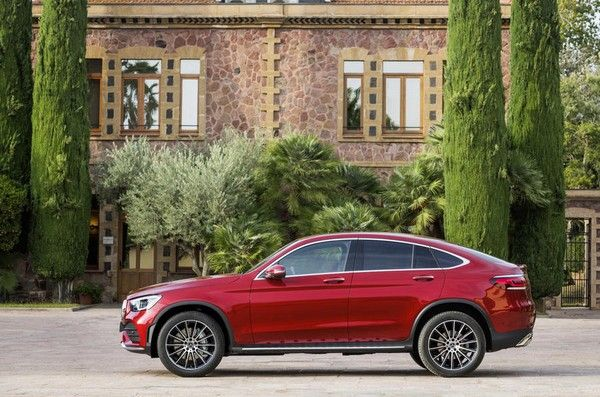Mercedes-GLC-coupe-2019-side-view