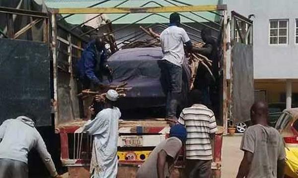smuggling-car-in-Nigeria
