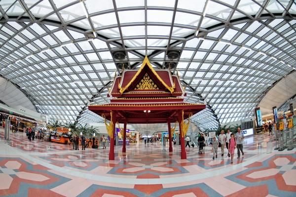 Bangkok-airport-inside
