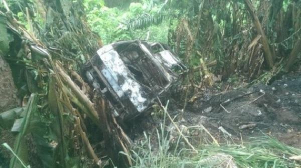 Abandoned-crashed-vehicle-Milliken-hill-Enugu