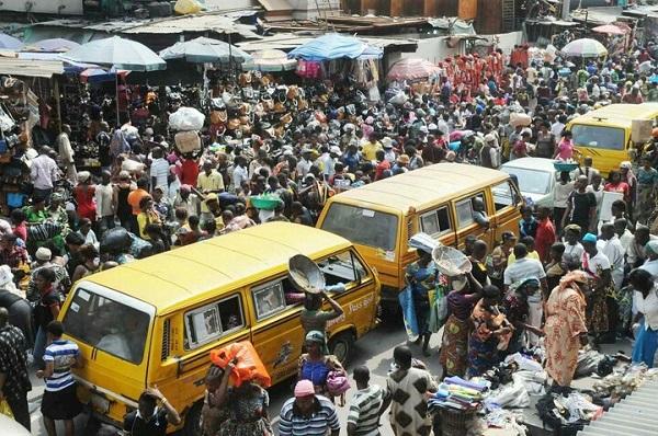 Crowd-on-Lagos-Street-passing