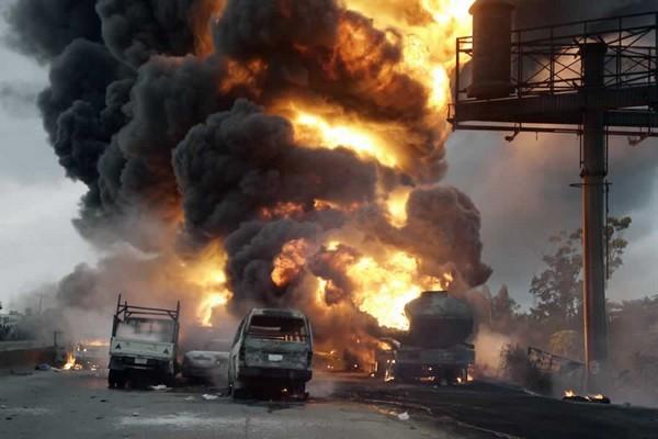 fuel-tanker-explosion