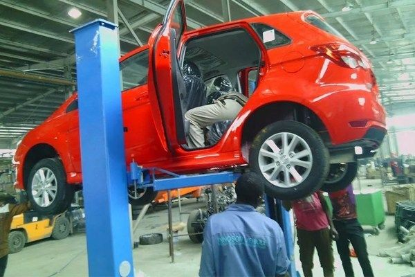 Manufacturing-a-car-at-Innoson-Motors